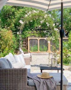 backyard garden and landscape design in northern california Diy Garden Bed, Backyard Garden Design, Raised Garden Beds, Garden Ideas, Garden Arbor, Patio Ideas, Outdoor Spaces, Outdoor Living, Outdoor Decor