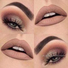 """Gold glittery eyes and nude lips. Love this❤️❤️ Makeupthang ✨"" ""Goldglitzernde Augen und nackte Lippen. Ich liebe dieses Make-up-Tang. Day Makeup, Cute Makeup, Gorgeous Makeup, Makeup Inspo, Makeup Inspiration, Beauty Makeup, Makeup Ideas, Makeup Kit, Party Eye Makeup"
