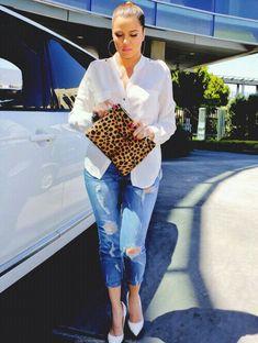 Khloe Kardashian so beautiful!!! so thin!!!!