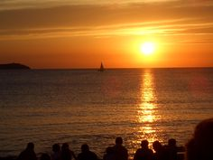 Sunset: Cafe del mar.