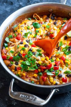 Putting a tasty vegetarian dinner on the table just got a whole lot easier! This healthy one-pot enchilada pasta is quick, easy, and ready to rock your plate in just 30 minutes! It's no surprise that I'm head over heels in love with creating Mexican-insipired dishes. It's a party on a plate and ALL my favorite foods …