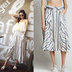 Fashionable stripe skirt, high quality cotton and linen fabric, blend in shirt element.Make it more casual, edgy, fashionable. 時尚條紋半身裙,高品質棉麻布料,融入襯衫元素。使之更休閒,前衛,時尚。