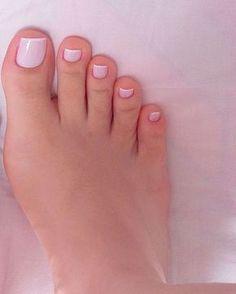 Dani Feet - Muita gente perguntando s. Pretty Toe Nails, Cute Toe Nails, Pretty Toes, Toe Nail Art, French Pedicure, Manicure And Pedicure, Hair And Nails, My Nails, Feet Nails