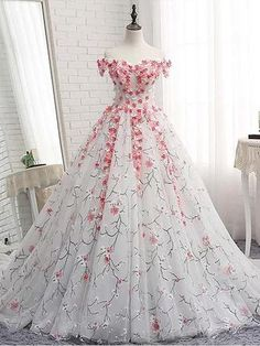 White tulle applique long prom dress, white tulle evening dress W. White tulle applique long prom dress, white tulle evening dress White tulle applique long prom dress, white tulle evening dress, customized service and Rush order are available Quinceanera Dresses, Cheap Prom Dresses, Dress Prom, Dress Long, Colorful Prom Dresses, Party Dress, Prom Dresses 2018, Quinceanera Party, Summer Dresses