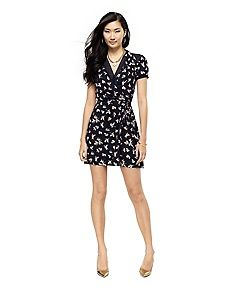 Juicy Couture SILK FLORAL WRAP DRESS