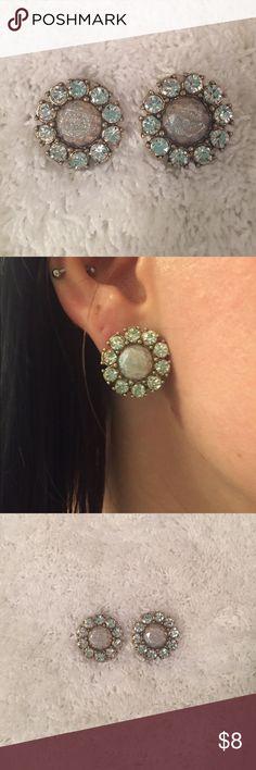 New large rhinestone flower stud earrings New stud earrings. Fashion jewelry. Jewelry Earrings