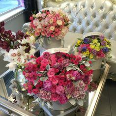 J'Adore Les Fleurs arrangements