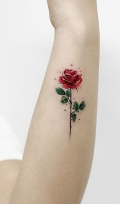 Trendy Rose Tattoo Designs For Your Desire About Floral Tattoo - Page 6 of 50 - Tattoo MAG Mini Tattoos, New Tattoos, Body Art Tattoos, Tatoos, Red Rose Tattoos, Best Tattoo, Small Flower Tattoos, Small Tattoos, Tattoo Flowers