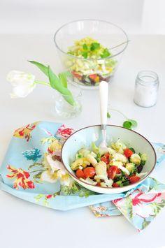 Z cyklu: Całkiem zdrowo. Wiosenna sałatka | Make Cooking Easier