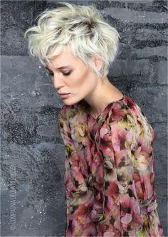 Risultati immagini per capelli ricci corti