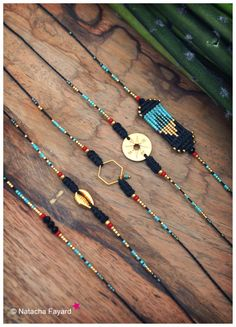 Hand woven macrame friendship bracelets black coral red and turquoise with gold hexagon cowrie or compass Au choix Bracelet friendship / bracelet d'amitié StyleMiyuki Delica and micro macrame – Ethnic chic bracelet – Black turquoise red and gold – Shamballa Bracelet, Macrame Bracelets, Jewelry Bracelets, Black Bracelets, Jewelry Holder, Diy Schmuck, Schmuck Design, Bracelet Friendship, Bracelet Making