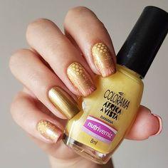Gradient Colorama Banana + Blösst Orquídea. Stamping Moyou Bridal, Maybelline Golden sand. . . . #notd #NPA #nails #nailpolish #nagel #nailporn #nailsoftheday #nailgasm #nagellack #nailpro #nailsdone #nails2inspire #stamping #nailart #blösst #Colorama #maybelline #moyoulondon #gradient