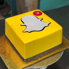 Snapchat Cake, Snapchat Birthday, Food Snapchat, 15th Birthday Cakes, 13th Birthday, Birthday Parties, Birthday Ideas, Teen Cakes, Buttercream Cake