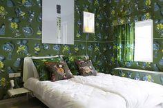 Kamer 5: Parfum kamer met Vlisco door Piet Paris en Klaas Kuiken- Hotel Modez