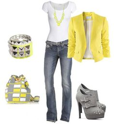 I've always loved grey and yellow together!