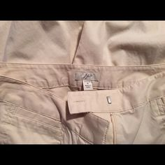 J. Jill Size 4 Pants These are gently worn size 4 J. Jill pant.  They are a lightweight tan color with a front tab and zipper closure. If you'd like additional pictures please let me know. I'm new to Poshmark so please share and let's follow each other's closets! J. Jill Pants