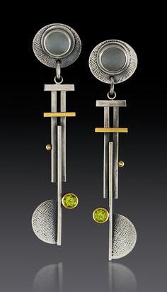 Pinwheel Blade Earrings by Michele LeVett (Gold, Silver & Stone Earrings) - Bisuteria - Modern Jewelry, Jewelry Art, Jewelry Design, Jewelry Armoire, Custom Jewelry, Fashion Jewelry, Metal Clay Jewelry, Sea Glass Jewelry, Stone Earrings