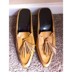 Vintage Tod's Designer Camel Brown Fringe Leather Slides Shoes Flats Sz 38 or 8