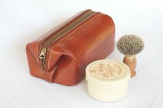 Vintage Men's Leather Shaving / Toiletry Bag. $30.00, via Etsy.