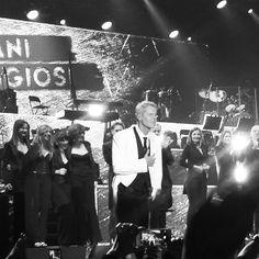 C'era un cavaliere bianco e nero  #claudiobaglioni #capitanicoraggiositour #3apr2016 #concerto #105stadium #rimini #igers_rimini #romagna #musica #musicaitaliana #instamusic #livemusic #lovemusic by melagi74