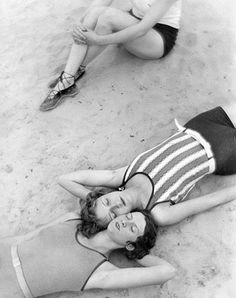 Summer time living is easy.. Martin Muncácsi, The last rays of sunshine, 1929