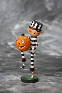 22632 Pumpkin Thief Lori Mitchell Figure Halloween Prioner Jail Trick-or-Treater Halloween Doll, Halloween Items, Vintage Halloween, Halloween Pumpkins, Halloween Crafts, Halloween Decorations, Halloween Vinyl, Halloween Miniatures, Halloween Wreaths