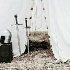 grafika aesthetic, sword, and narnia Skyrim, Dragon Age, Cersei Lannister, Jaime Lannister, Feral Heart, Half Elf, Anna Y Elsa, Maleficarum, Will Herondale