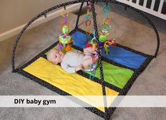 DIY baby gym using hula hoops Baby Gym Mat, Diy Baby Gym, Hula, Baby Play, Baby Kids, Baby Presents, Baby Sewing Projects, Baby Art, Everything Baby