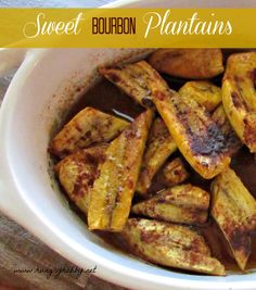 20 Healthy Dessert Ideas To Satisfy Your Night Time Sweet Tooth (Week 30) Real Food Recipes, Vegetarian Recipes, Healthy Recipes, Chicken Recipes, Snack Recipes, Dessert Recipes, Baked Plantains, Sweet Bourbon, Plantain Recipes