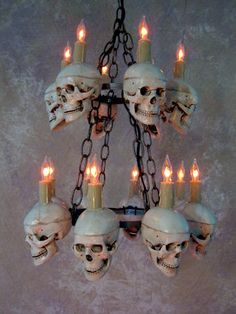 Six skulls in top level and eight skulls in bottom level. This chandelier would be great for any Halloween or Horror event. This chandelier would be great for any Halloween, horror, or Gothic event. Halloween Prop, Halloween School Treats, Modern Halloween, Halloween Party Supplies, Cheap Halloween, Outdoor Halloween, Halloween Horror, Diy Halloween Decorations, Holidays Halloween