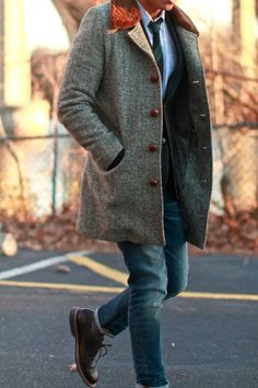 OUTFIT: Mens Donegal Tweed Blazer Autumn Sunset… – Men's style, accessories, mens fashion trends 2020 Gentleman Mode, Gentleman Style, Dapper Gentleman, Sharp Dressed Man, Well Dressed Men, Look Fashion, Winter Fashion, Mens Fashion, Fashion Sale