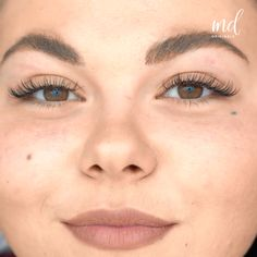 BROW LAMINATION- Brow lamination, the clever beauty trick to give you fuller brows! Permanent Makeup Eyebrows, Eyebrows On Fleek, Eyebrow Makeup, Botox Brow Lift, Eyebrow Lift, How To Do Brows, Eyebrow Before And After, Instagram Brows, Straight Brows