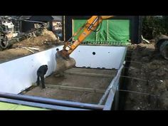 How to excavate and construct your own outdoor swimming pool. Instructions and guidance for the construction of the pool. Costings and timings discussed in t. Diy Concrete, Concrete Blocks, Swimming Pool Construction, Swiming Pool, Pool Kits, Natural Pools, Diy Pool, Grid, Florida