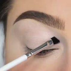 45 Amazing Gorgeous Makeup Inspired Look That Insane Absolutely Obsessed Makeup Eye Looks, Eye Makeup Steps, Eyeshadow Looks, Eyeshadow Makeup, Makeup Art, Hair Makeup, Beauty Makeup, Makeup Tools, Eyeliner