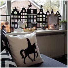 Extra leuk om het huis te versieren met zelfgemaakte versiering. Voor de kinderen maar natuurlijk ook voor jezelf. Zeker met deze DIY Sinterklaas ideeën!