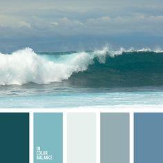 Гармоничное сочетание от белого до фиолетово-синего цвета с акцентамипрозрачной дымки и ночной синевы. Белый цвет – универсален, можетвыполнять главную роль в оформлении помещения или наряда или бытьудачным компаньоном для других цветов. Внести новизну в классическиеинтерьеры помогут различные детали в бело-синей гамме: подушки,картины, вазы. Цветовая палитра подойдет для изысканного оформлениясвадьбы и наряда невесты и жениха.