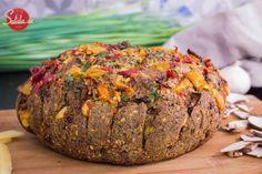 Du hast nicht immer nur Lust auf Brot mit Wurst? Wir haben heute für Dich ein leckeres Zupfbrot oder auch Partybrot gemacht. Partybrot deswegen, weil Du es auch super für Deine nächste Grillparty verwenden kannst. Ja, ich weiß, Grillen dauert noch ein wenig, aber wir freuen uns jetzt schon auf die nächste Grillsaison. Der Winter soll ja schon bald vorbei sein, hoffentlich. Für das Zupfbrot kannst Du ganz einfach unserChia-Leinsamen-Hüttenkäse-Brotverwenden. Ich habe hier einfach nur noch…