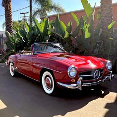 1,074 отметок «Нравится», 8 комментариев — Beverly Hills Car Club Inc. (@beverlyhillscarclub) в Instagram: «#MERCEDESMONDAY Game over! 1960 Mercedes-Benz 190SL in beautiful red with tan interior ☑️4 speed…»