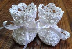 Baby booties free crochet pattern ~ Free Crochet Patterns