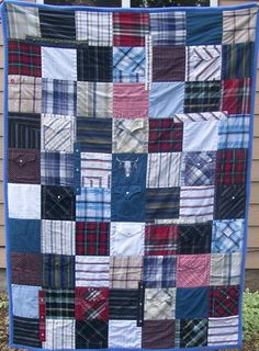 Memorial Quilt - This quilt was made in memory of a gentleman that had many western shirts. You know the ones with the pearl snaps. Old Shirts, Dad To Be Shirts, Memory Pillows, Memory Quilts, Scrappy Quilt Patterns, Scrappy Quilts, Western Quilts, Quilt Sizes, Rag Quilt