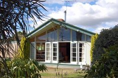 circa60 (#3174) - Martinborough  http://www.bookabach.co.nz/baches-and-holiday-homes/view/3174