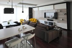 Apartment with Yellow Accents in Russia by Geometrix Design Interiors