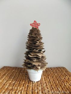 Sweet Parrish Place: Trashtastic Tuesday on Wednesday- Brown Paper Christmas Tree