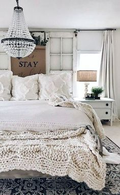 Beautiful white shabby chic Farmhouse bedroom with Chandelier and rustic window headboard. Beautiful white shabby chic Farmhouse bedroom with Chandelier and rustic window headboard. Bohemian Bedrooms, Shabby Chic Bedrooms, Modern Bedrooms, Shabby Chic Living Room, Shabby Chic Interiors, Modern Interiors, Shabby Chic Farmhouse, Farmhouse Style, Modern Farmhouse