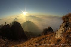 Sunrise in the Pieniny Mountains #Poland  www.simplycarpathians.com