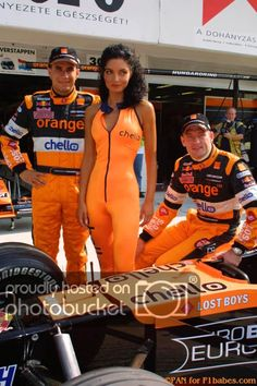 Former Arrows team boss Tom Walkinshaw has died at the age of Best Picture For Racing Girl out Female Race Car Driver, Car And Driver, Grid Girls, F1 Racing, Drag Racing, Formula 1, Grand Prix, Sexy Outfits, Girl Outfits