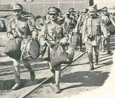The Portuguese 14th Infantry Regiment departs for the Western Front in 1916. The officer on the right is António Rodrigues Marque, taken prisoner at Naulila in 1914 and freed with South Africa's conquest of Namibia.