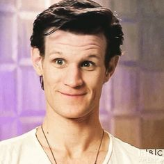 Some dick called Matt Smith a gay idiot in my school the other day so I did the only thing I could do at that time: I kicked him in the gut. Undécimo Doctor, Doctor Who Cast, Eleventh Doctor, David Tennant, Stupid Face, Love Me Better, British Boys, Matt Smith, Film Serie