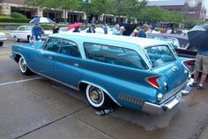 1961 Chrysler New Yorker Town & Country Station Wagon