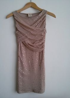 Kup mój przedmiot na #vintedpl http://www.vinted.pl/damska-odziez/krotkie-sukienki/8620709-imprezowa-sukienka-z-dzetami
